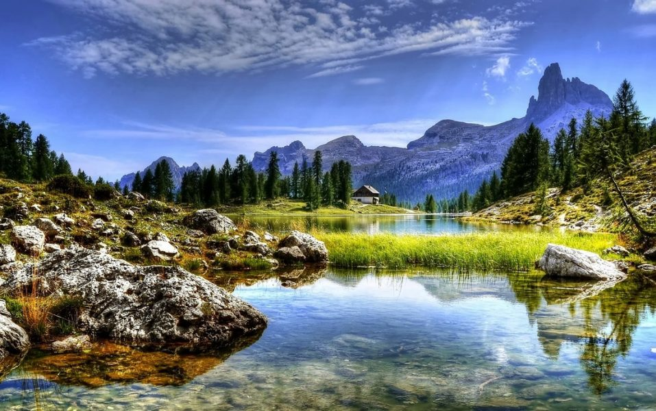 Deep depth of field mountains landscape